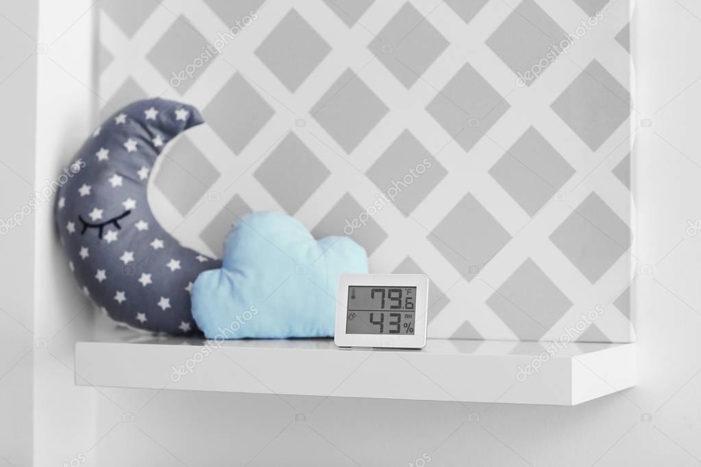 Contrôle Digital de la température et l\'humidité dans la chambre de ...