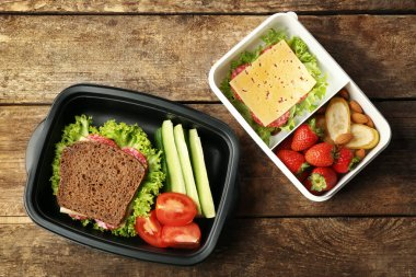 Lunch boxes with food