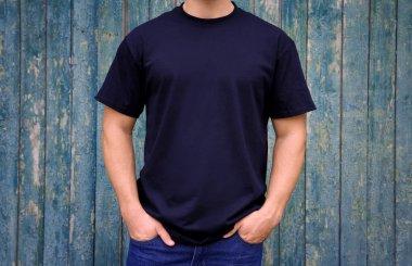 Man in dark t-shirt
