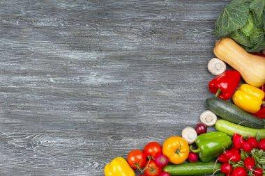 Fresh vegetables frame