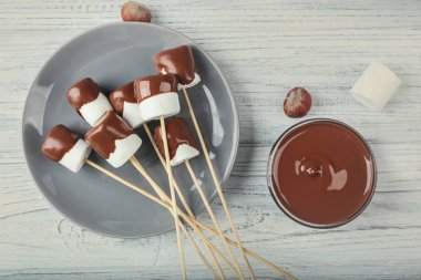 Chocolate fondue with marshmallow