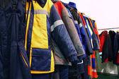 Pracovní oblečení na ramínkách