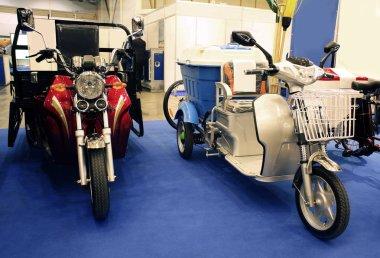 Three wheels scooter