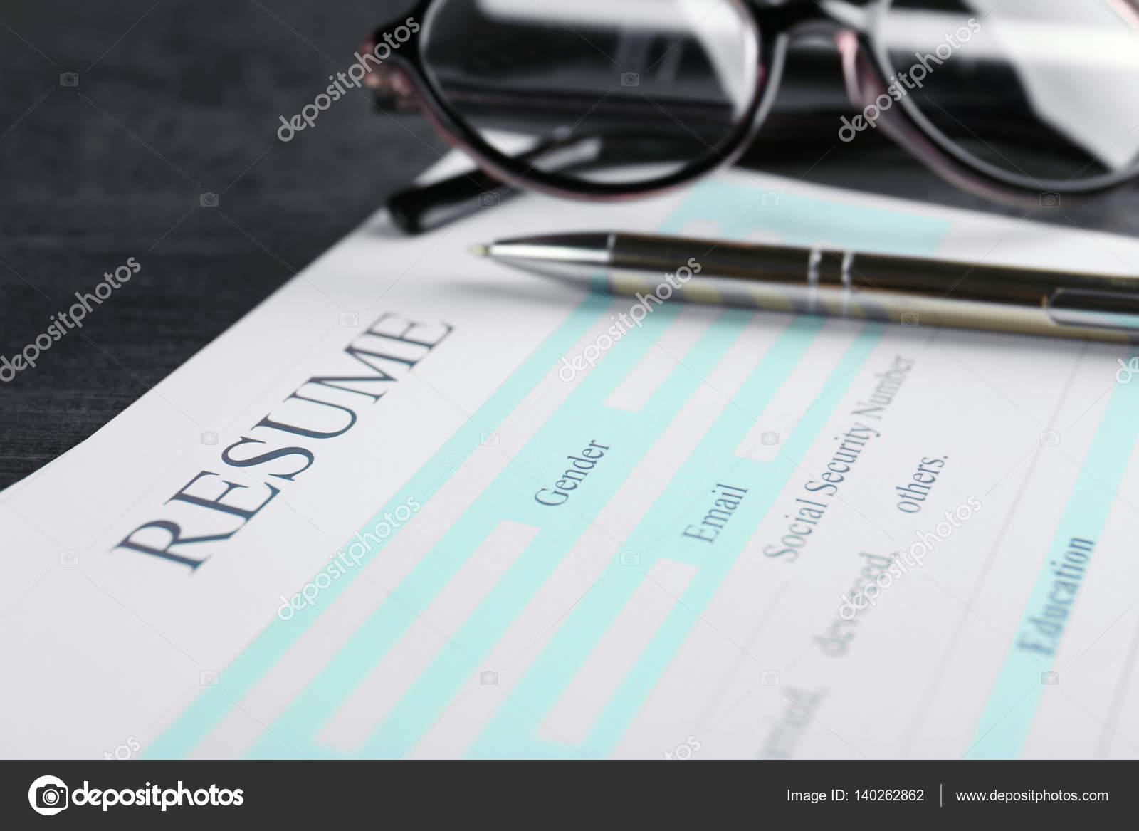 Leere Lebenslauf-Formular — Stockfoto © belchonock #140262862