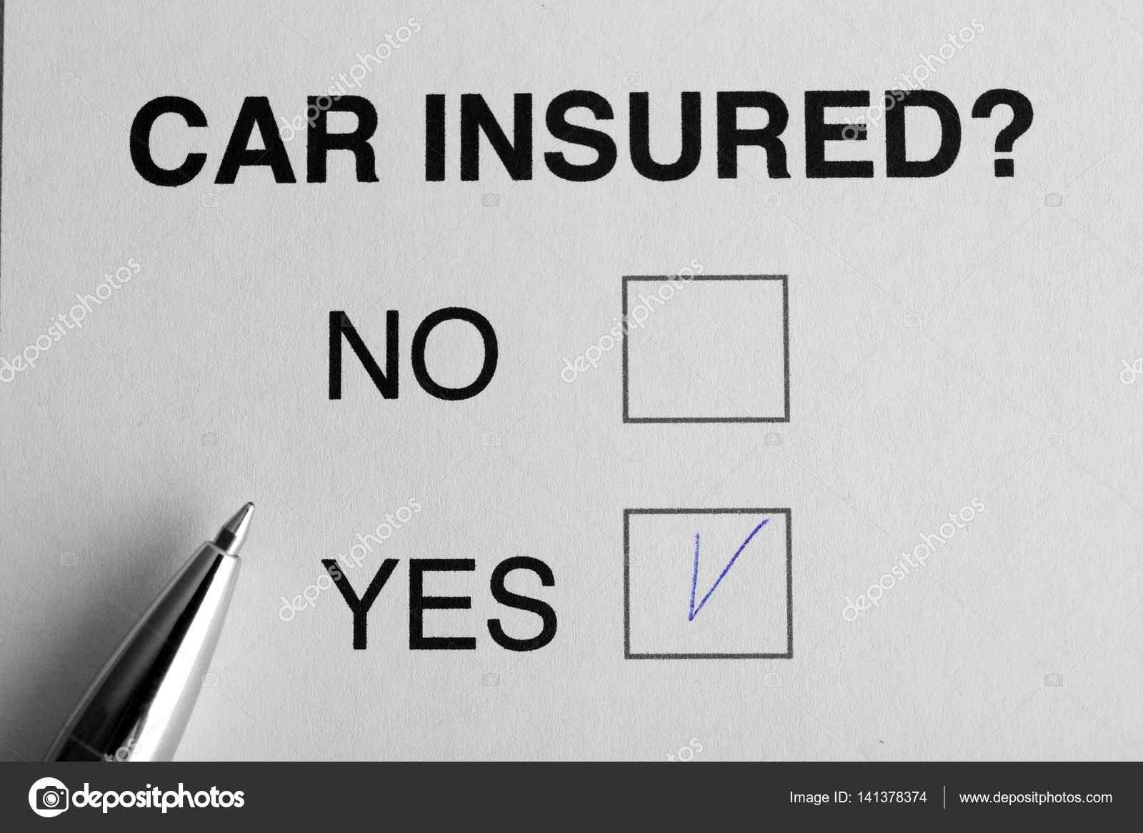 Auto-Versicherung-Konzept. Stift auf Anfrageformular — Stockfoto ...