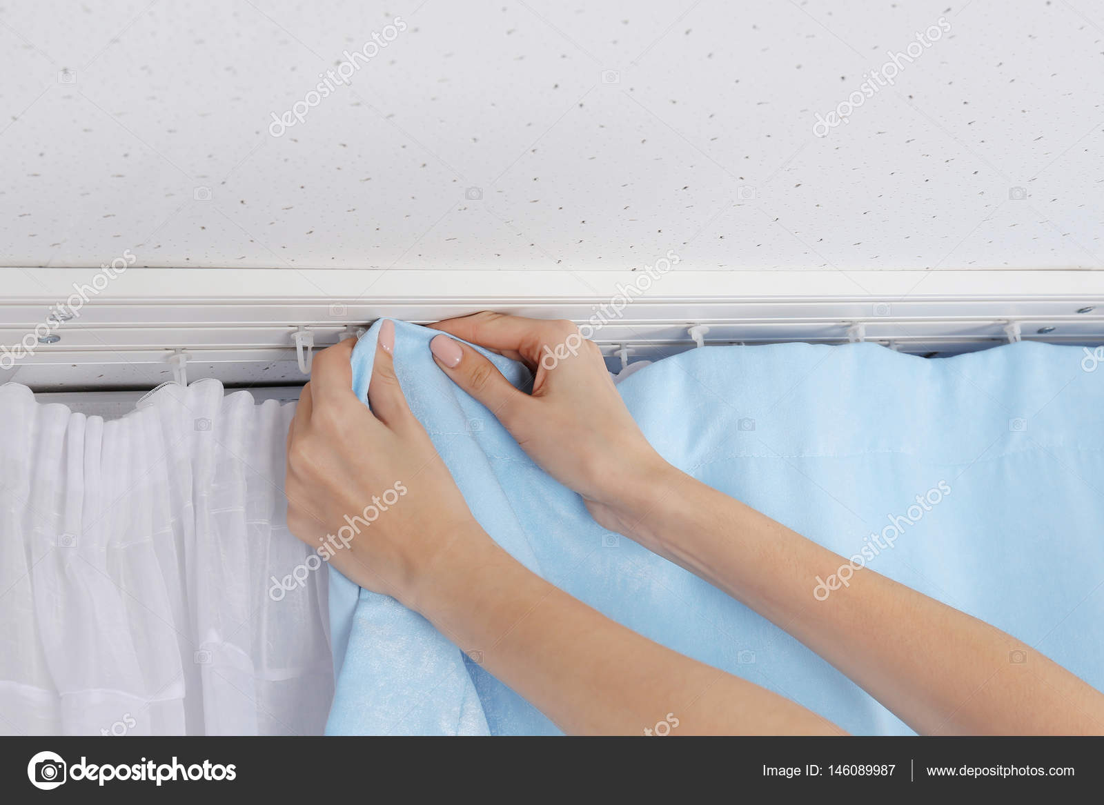 Hands Installing Curtains U2014 Stock Photo #146089987