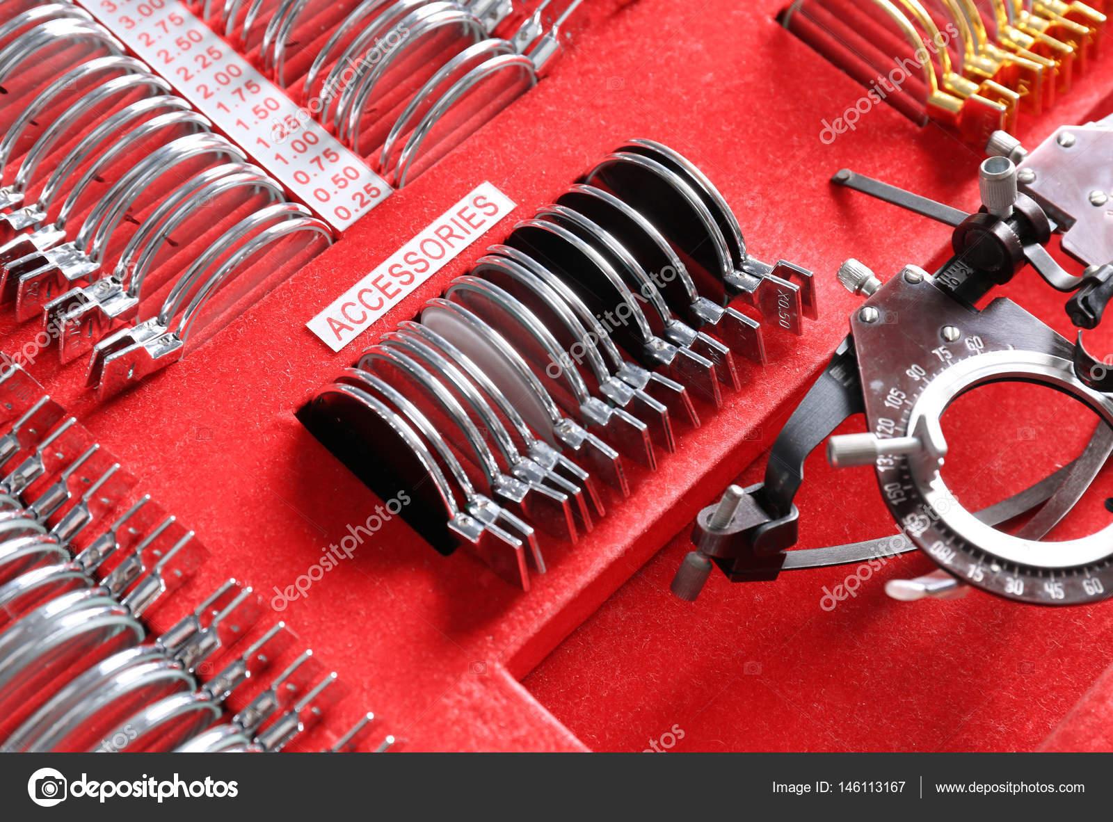Trial Rahmen mit Linsen — Stockfoto © belchonock #146113167