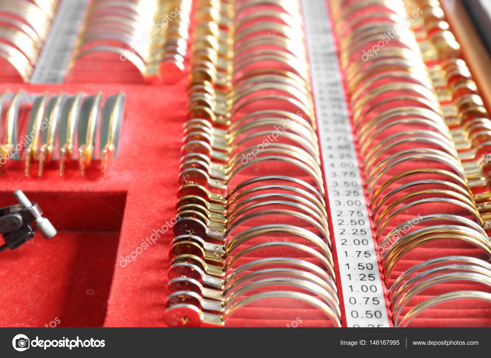 Trial Rahmen mit Linsen — Stockfoto © belchonock #146167995