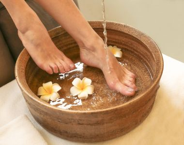 Female feet treatment