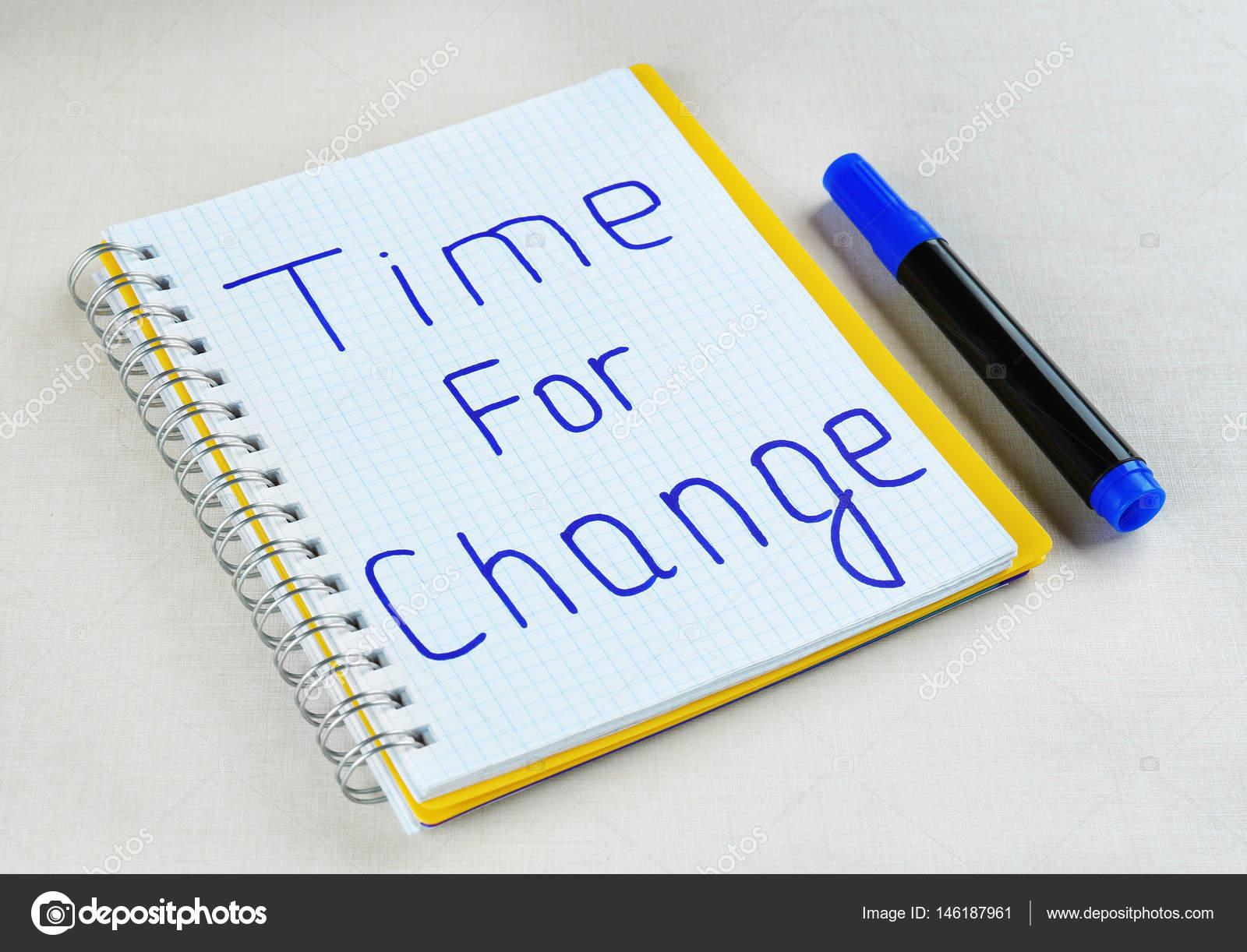 Frase De Tempo Para A Mudança Stock Photo Belchonock