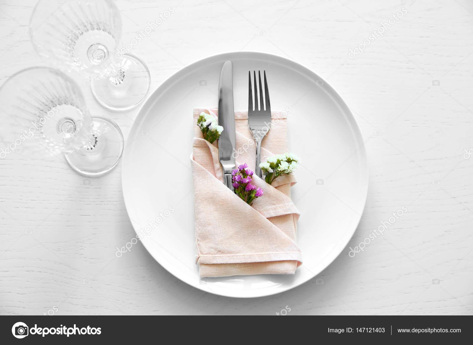 Elegant Table setting \u2014 Stock Photo & Elegant Table setting \u2014 Stock Photo © belchonock #147121403