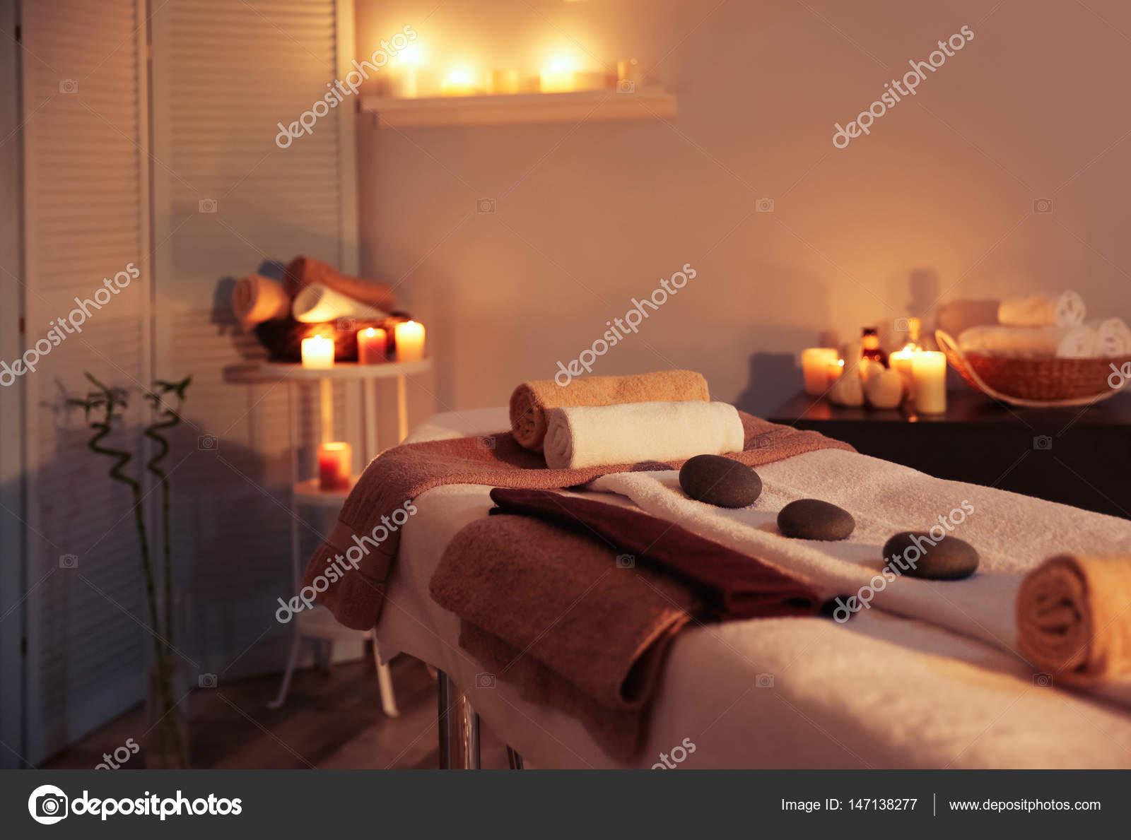 Int Rieur De La Salle De Massage Photographie Belchonock 147138277