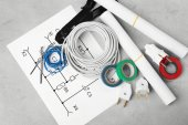 Elektrikář nástroje a programy