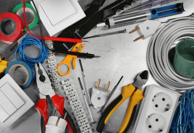 delicious Electrician tools
