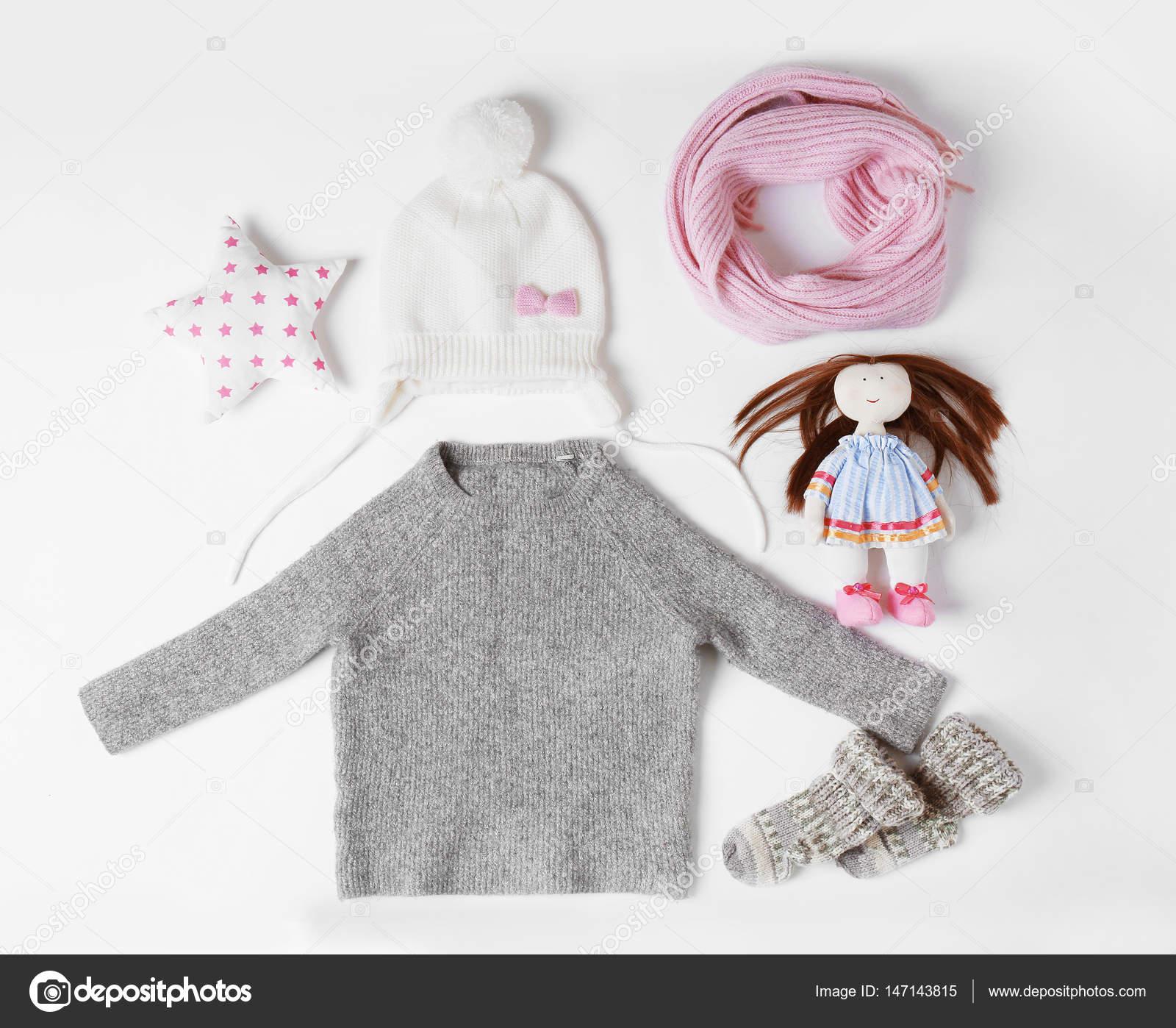 f4b09f2fcae Παιδικά ρούχα και αξεσουάρ — Φωτογραφία Αρχείου © belchonock #147143815