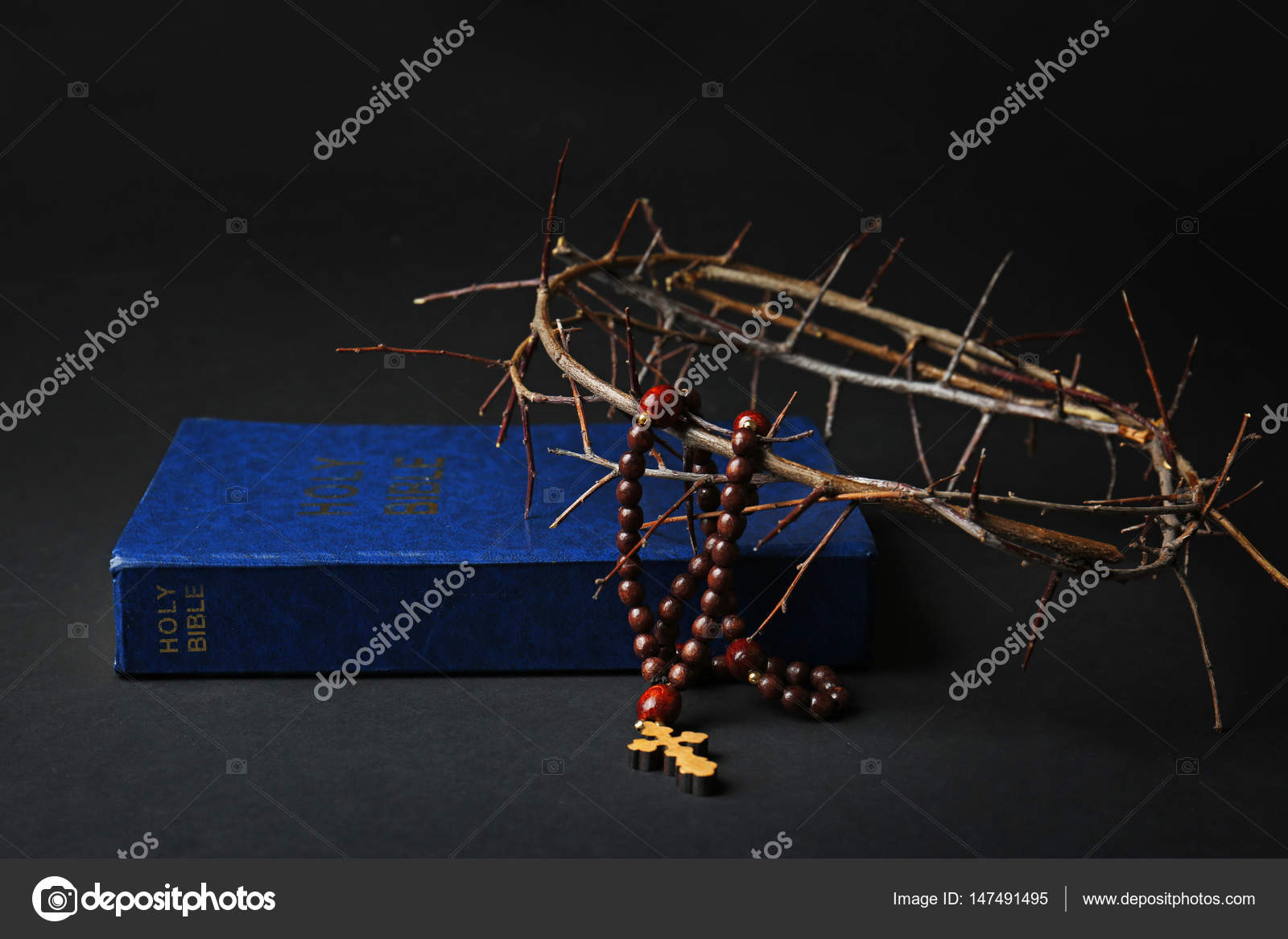 holy bible, crown of thorns and rosary — stock photo