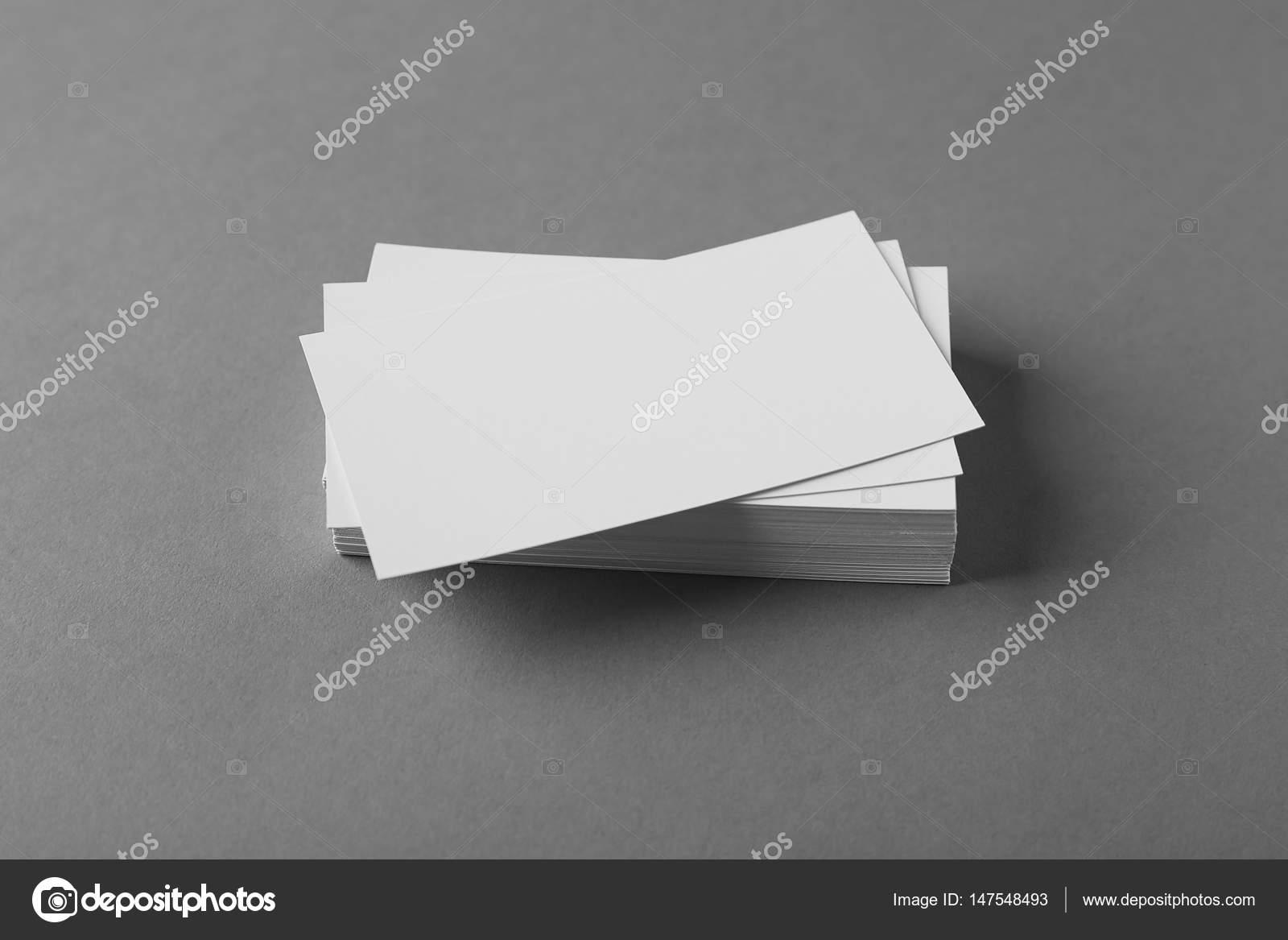 Cartes De Visite Vierges Sur Fond Gris Image Belchonock