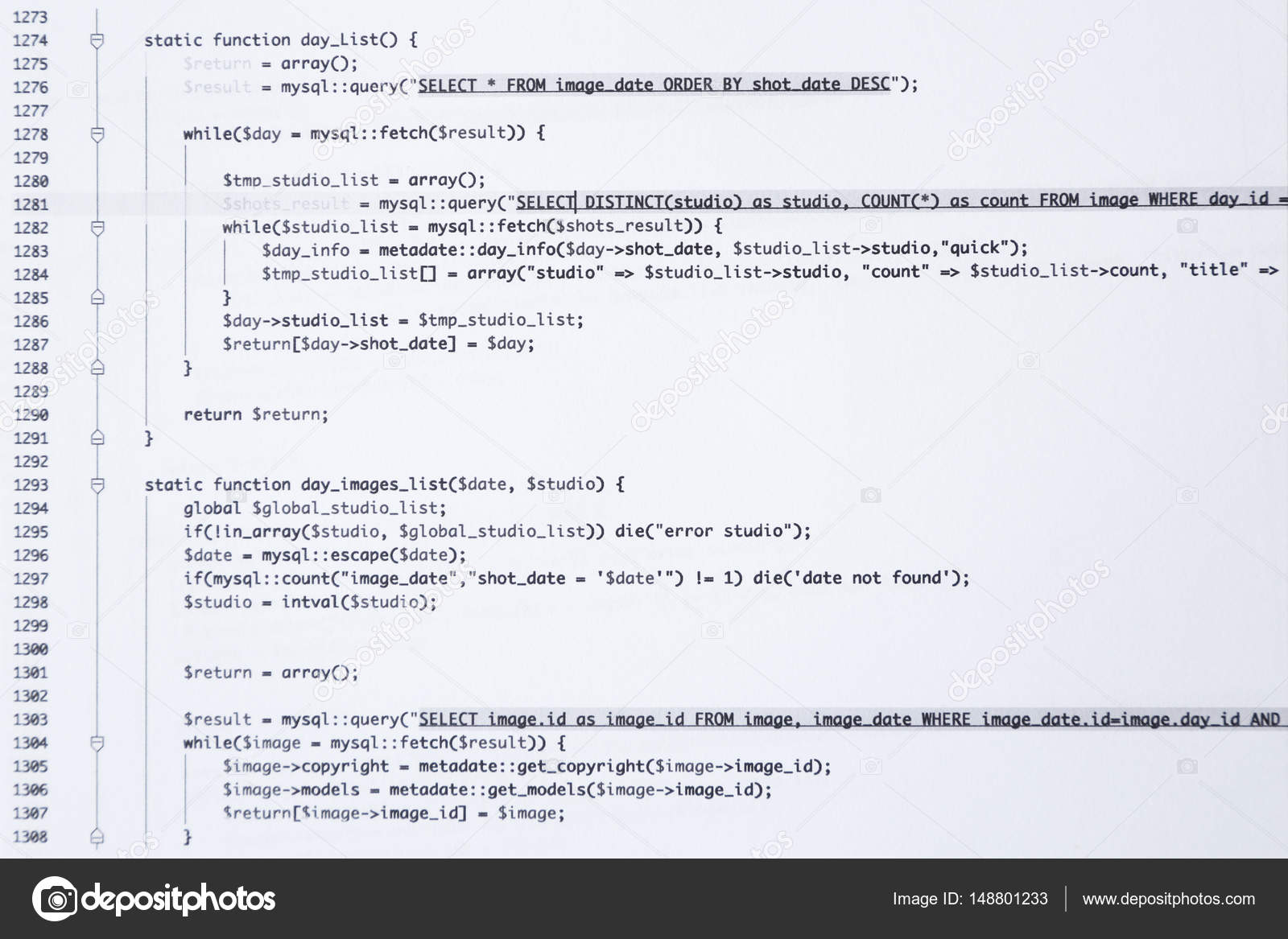 Código de escritura impresa en papel — Foto de stock © belchonock ...