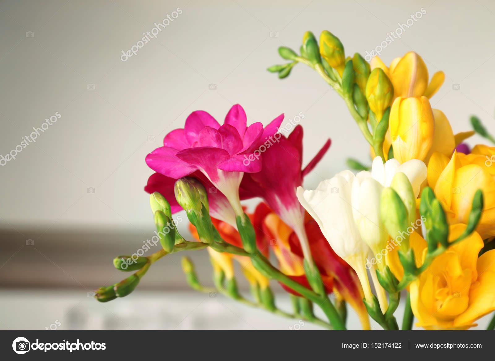В соннике ваза для цветов