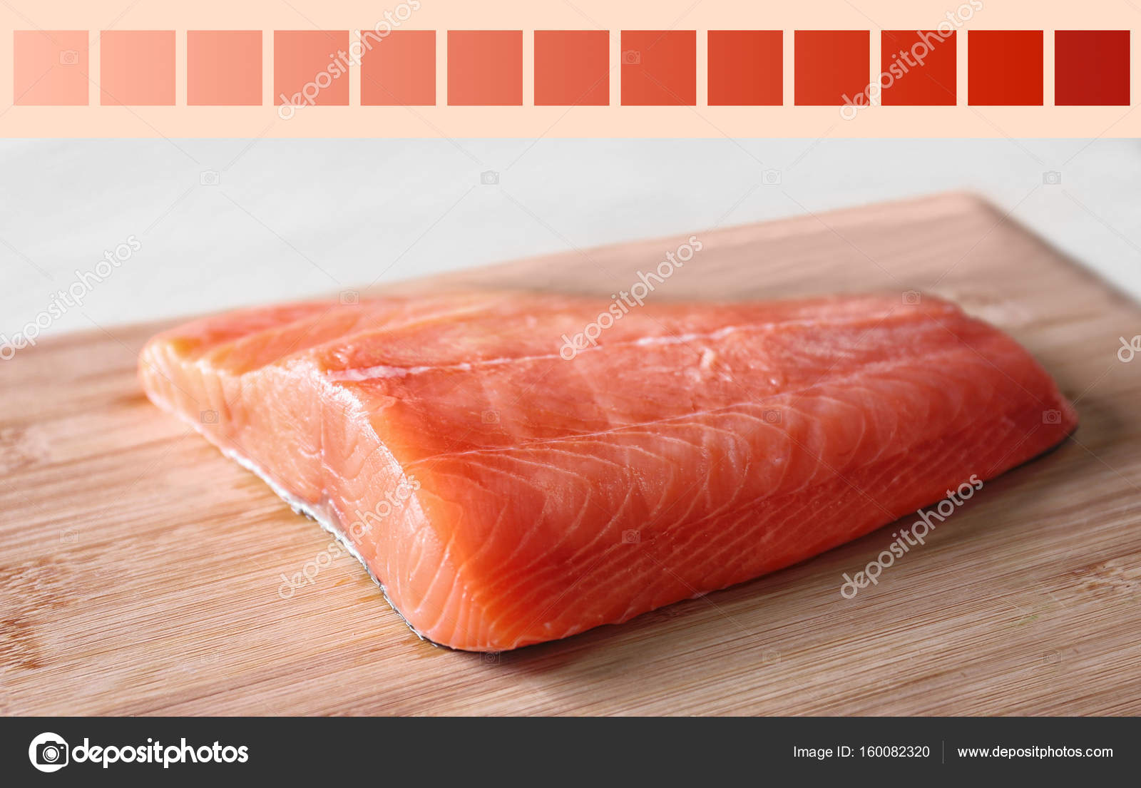 Salmon color lineal and fish fillet — Stock Photo © belchonock ...