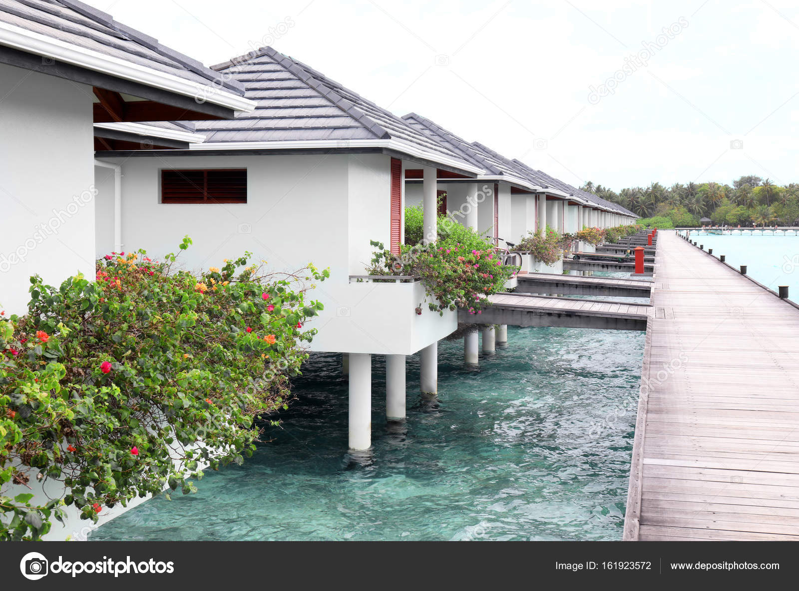 Moderne strand huizen u stockfoto belchonock