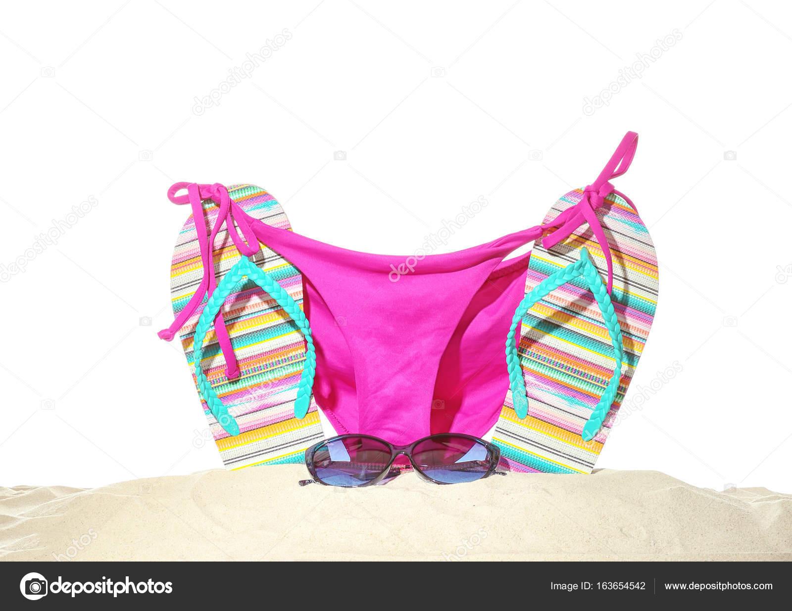 Shaking, support. bikini flip flops