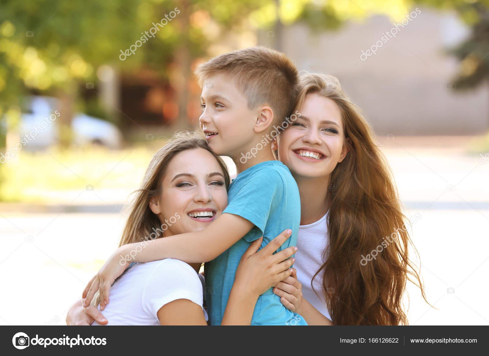 Lesbische moeders gaan op het