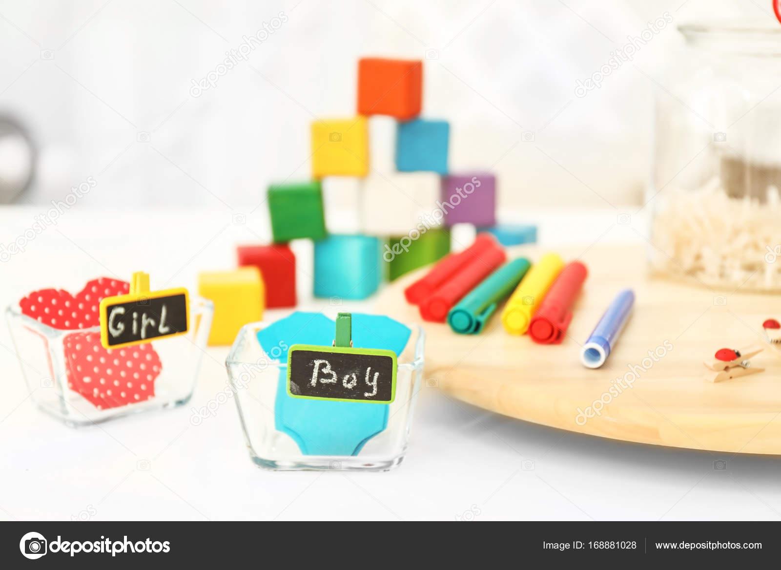 gra dla nazwa baby sugestia zdj cie stockowe belchonock 168881028. Black Bedroom Furniture Sets. Home Design Ideas
