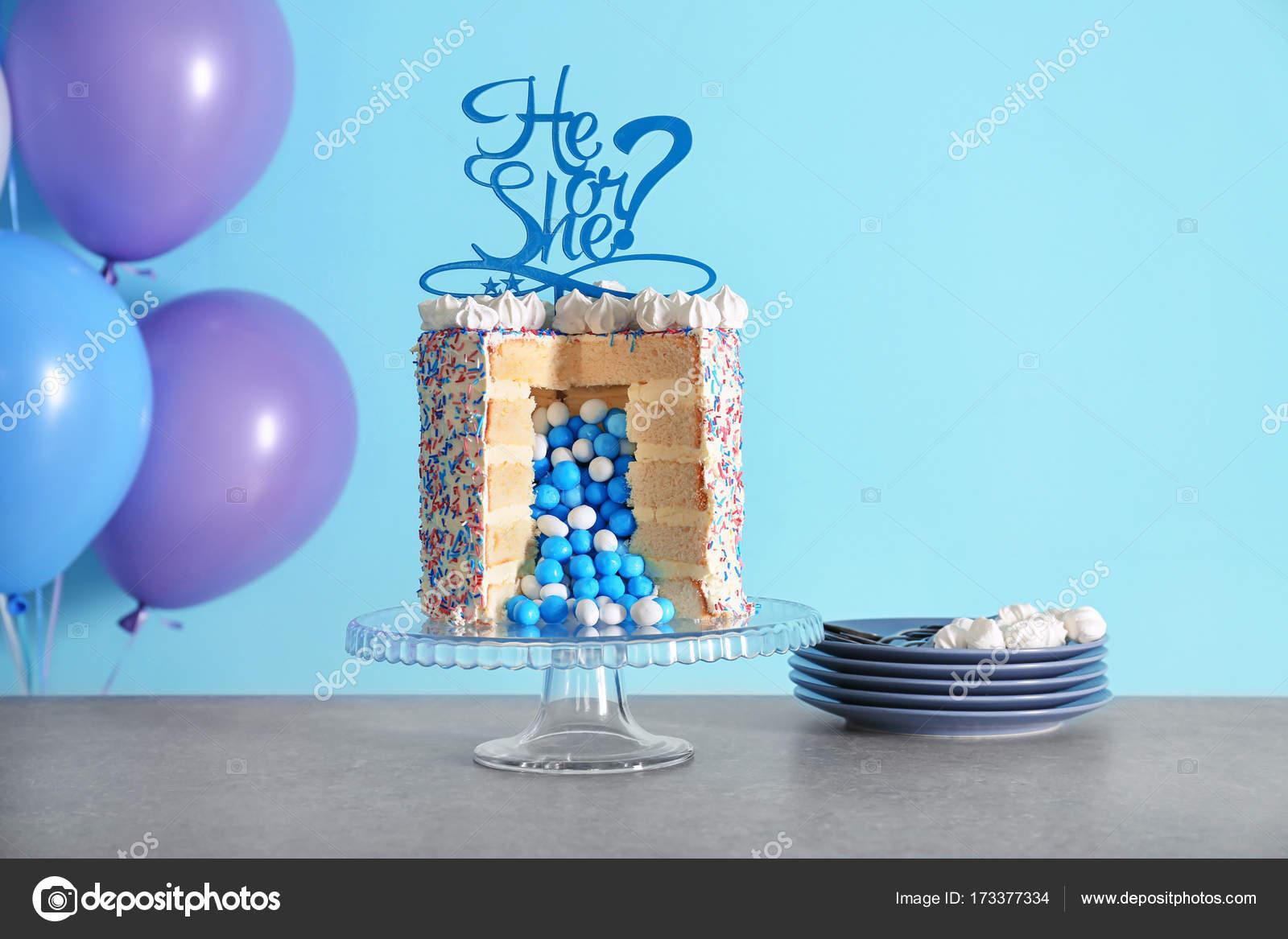Leckere Torte Fur Baby Shower Party Auf Tisch Stockfoto