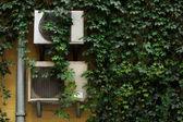 Fotografie Klimaanlagen auf Wand