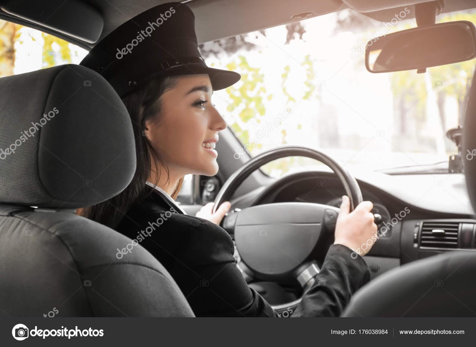 Сосущие телки в такси, После вечера с подружками тёлочка заказывает такси 22 фотография