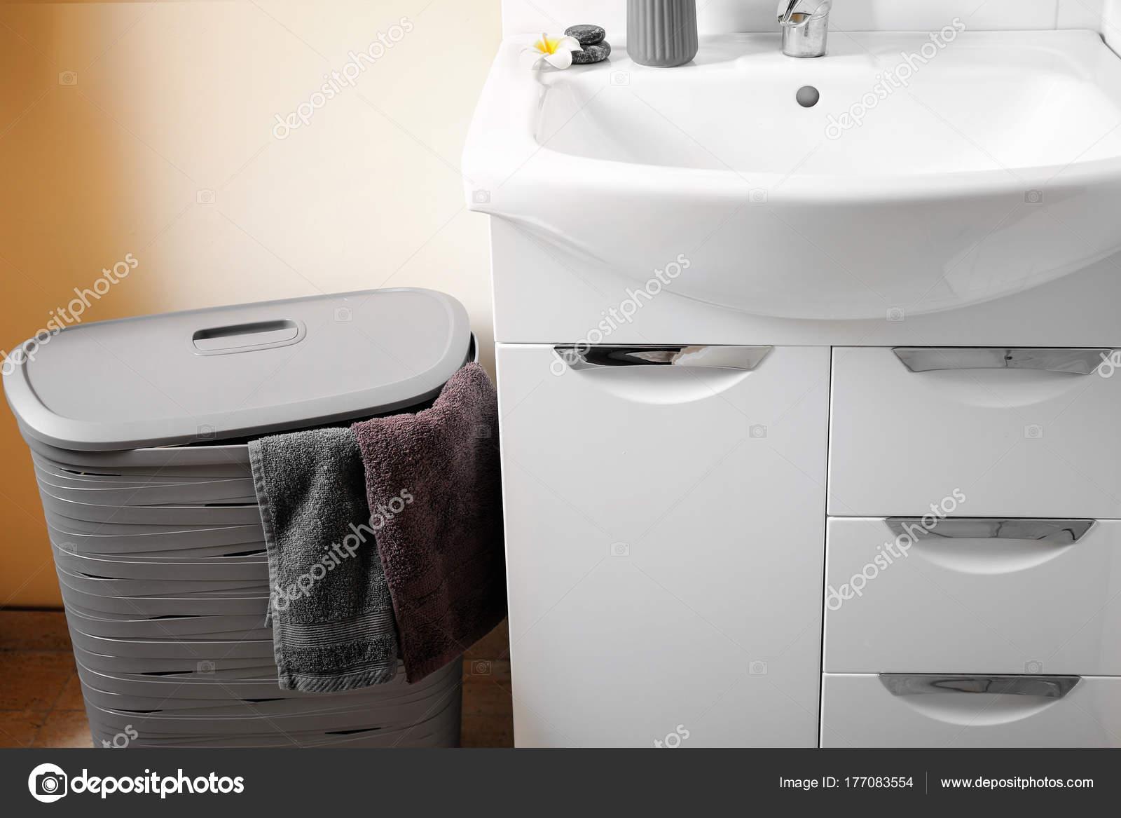 Ikea Badkamer Wasmanden : Wasmand badkamer u2013 brazilinsight