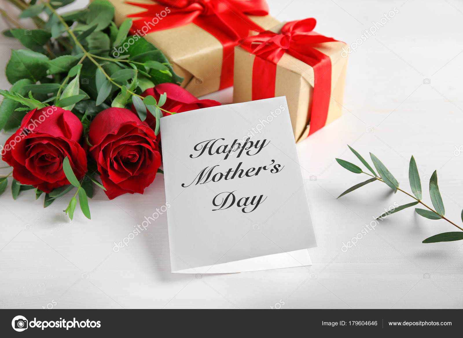 Greeting card with words happy mothers day red roses and gift greeting card with words m4hsunfo