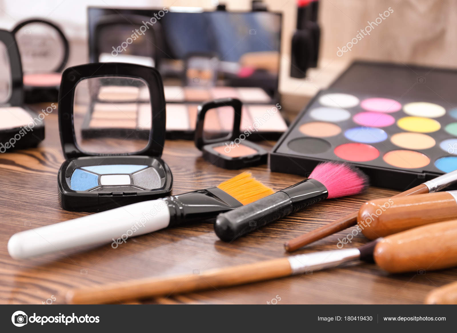 Decorative Cosmetics Tools Professional