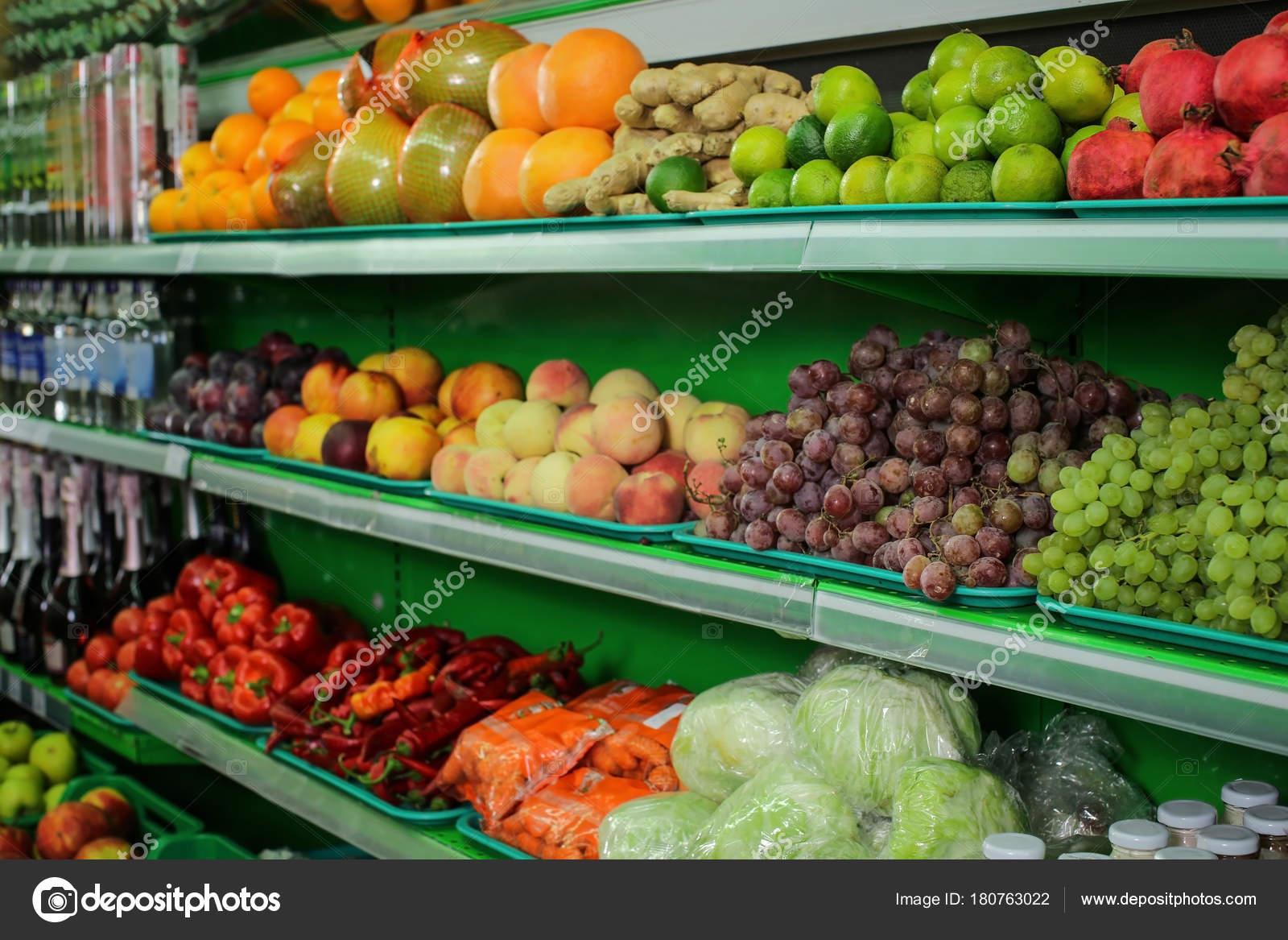Scaffali Per Frutteria.Varieta Diversi Tipi Frutta Verdura Sugli Scaffali