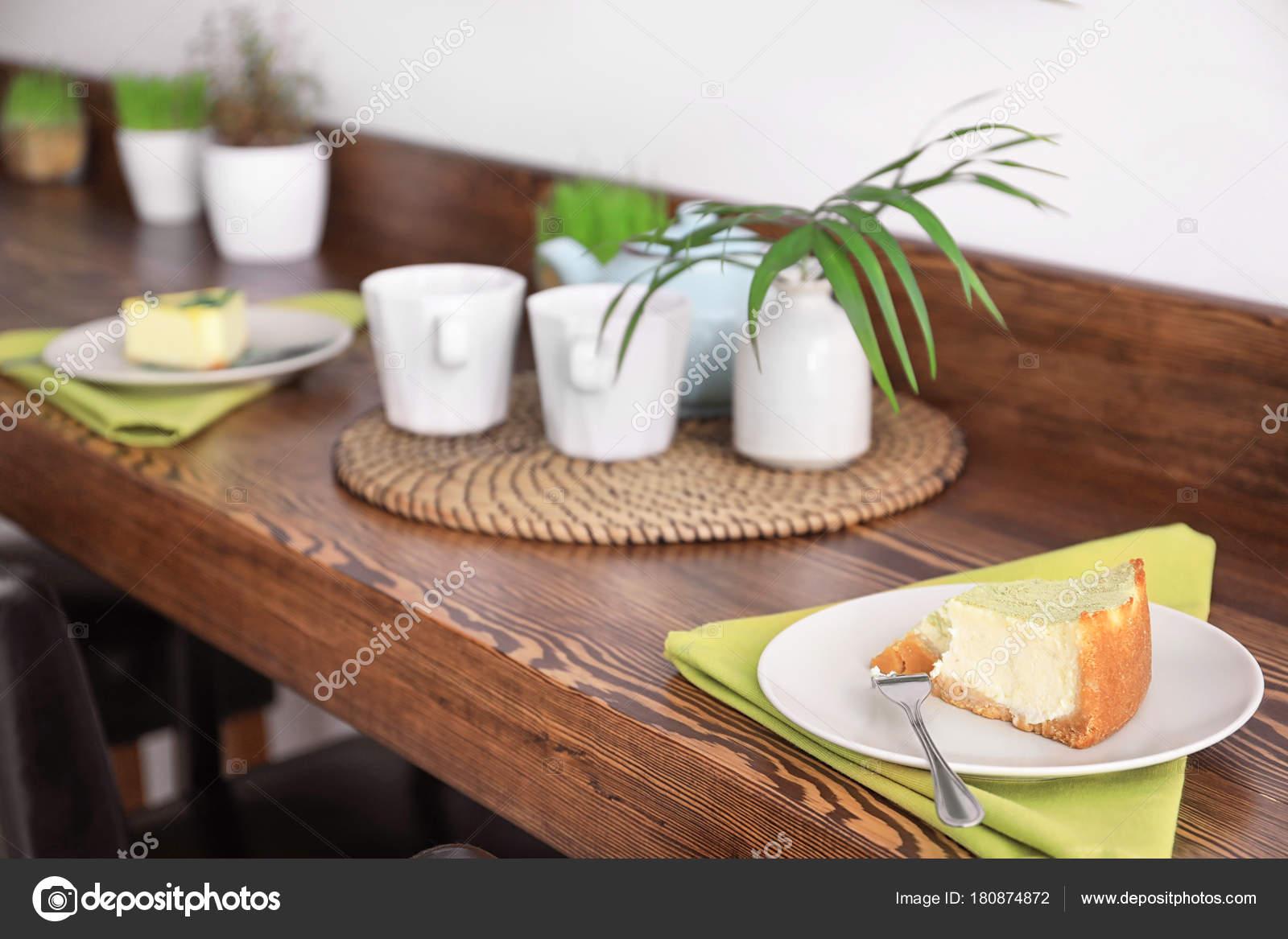 Piece Tasty Cake Plate Table Setting Vegetarian Cafe U2014 Stock Photo