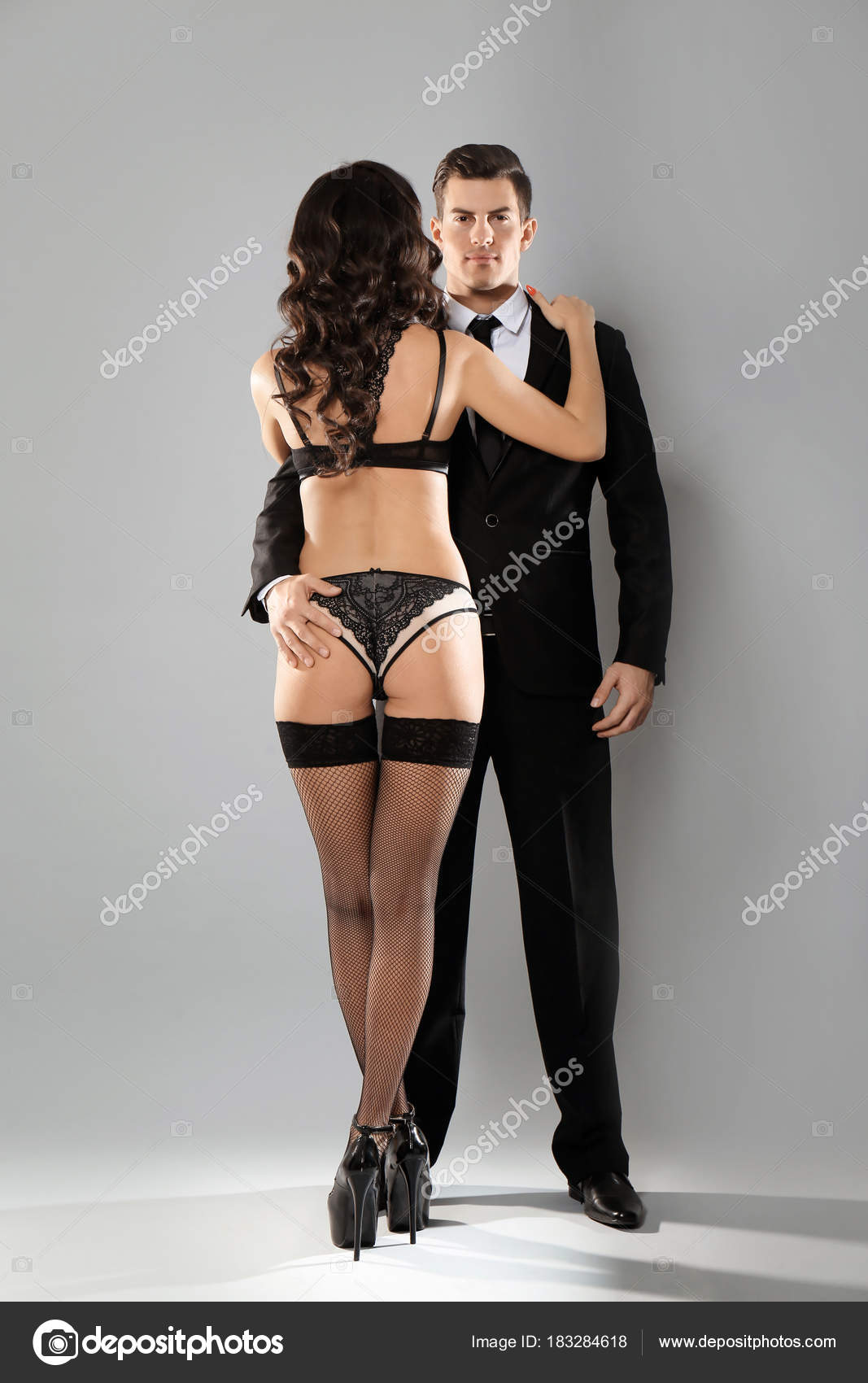 Сексапильная женщина в сексуальном белье