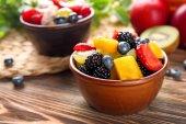lahodný ovocný salát