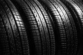Automobilové pneumatiky, closeup