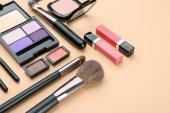 Fotografie Dekorativní kosmetiku a nástroje