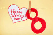 Fényképek Garland, száma 8 és üdvözlés kártya-val szavak Boldog nőnap alkalmából háttér szín