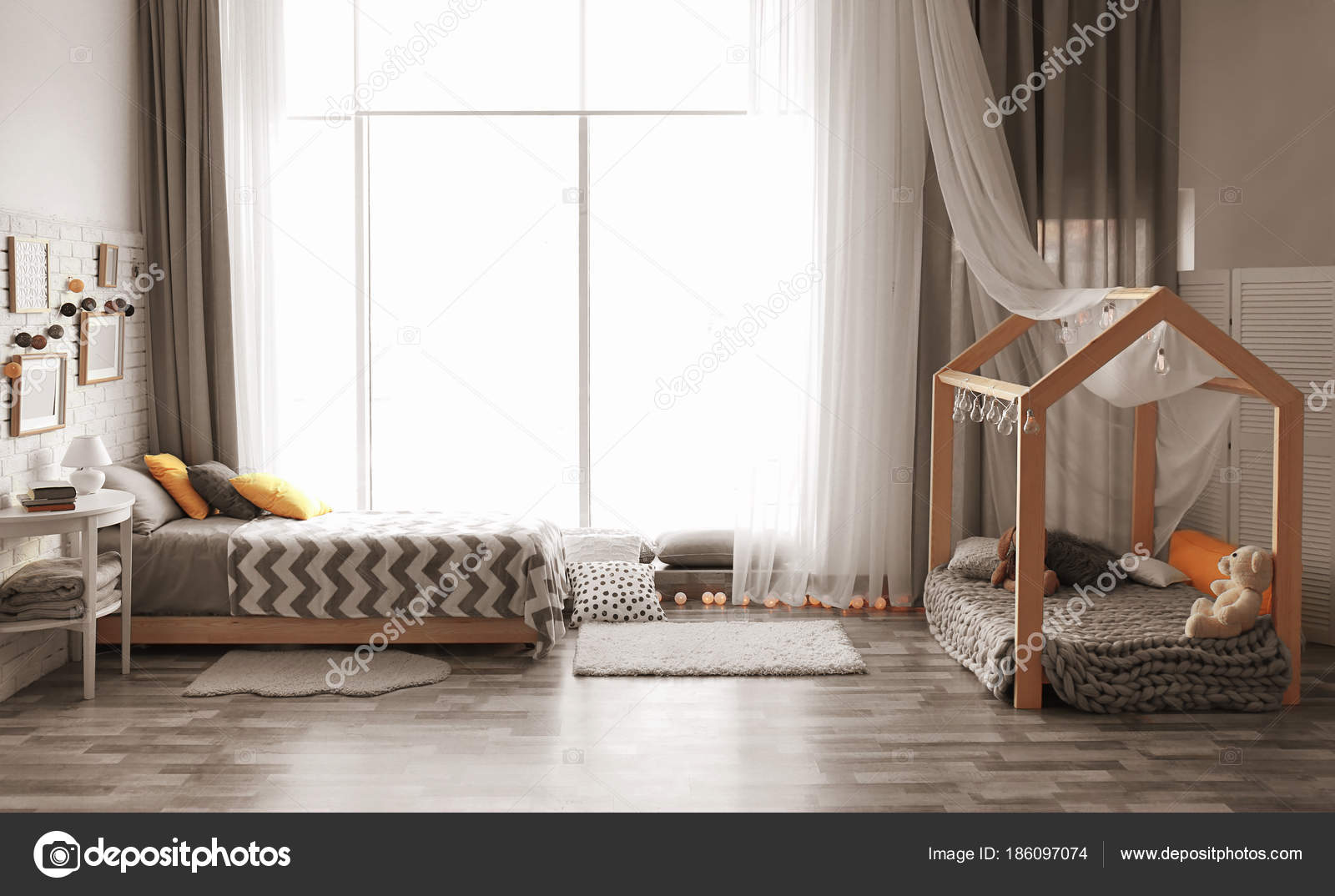 Interieur van moderne kinderkamer u2014 stockfoto © belchonock #186097074