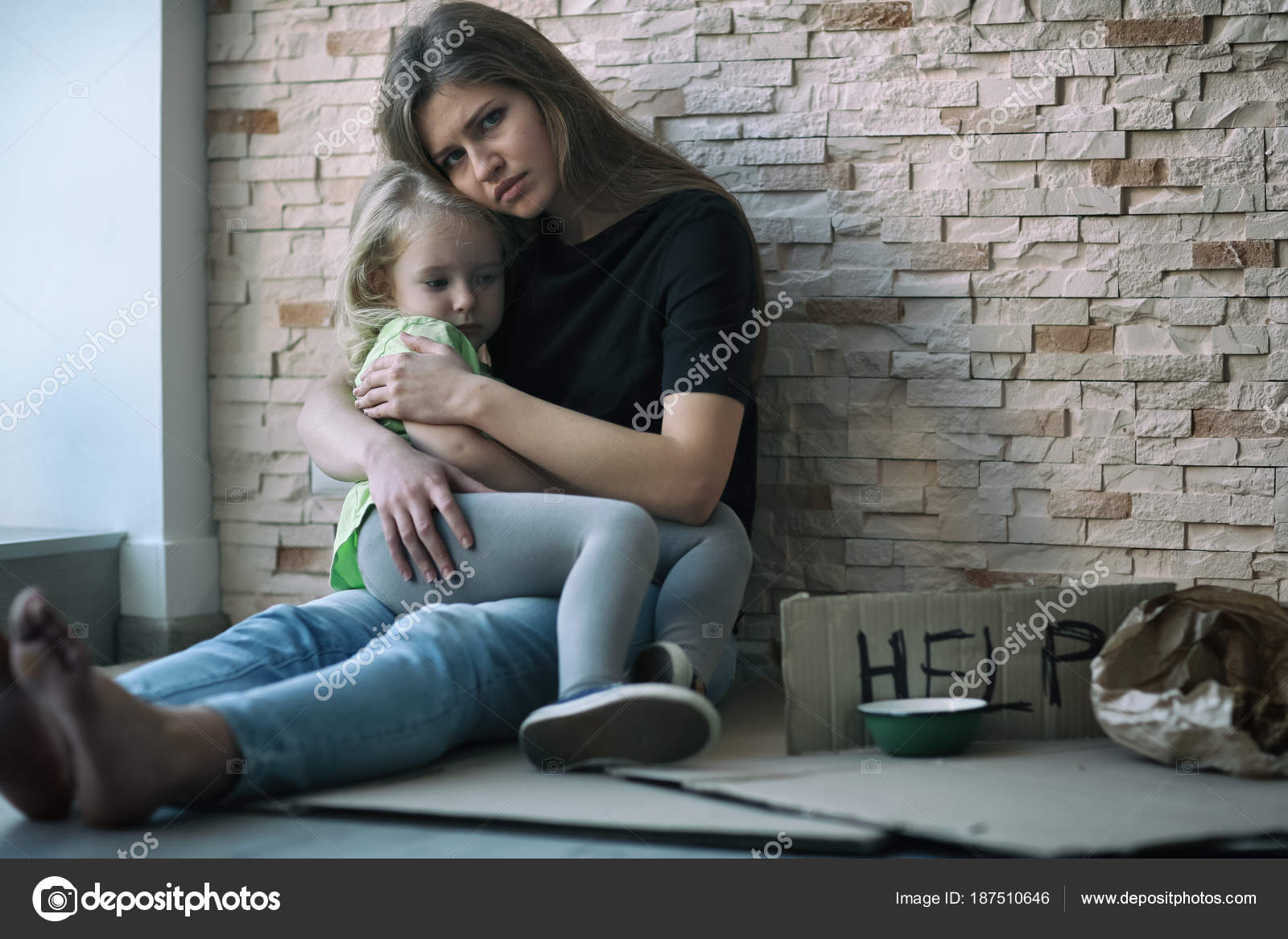 Homeless woman cardboard Stock Photos & Royalty Free Images ...