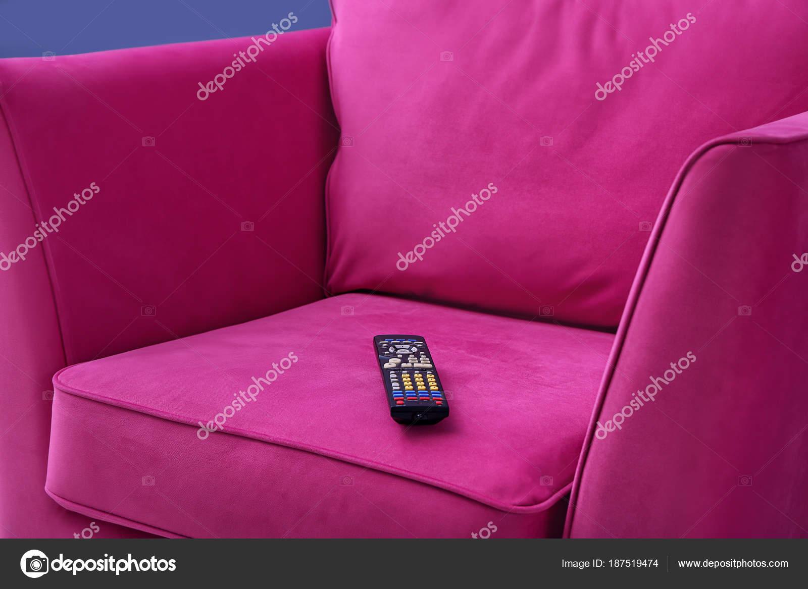 Comoda poltrona con telecomando per lhome cinema primo piano