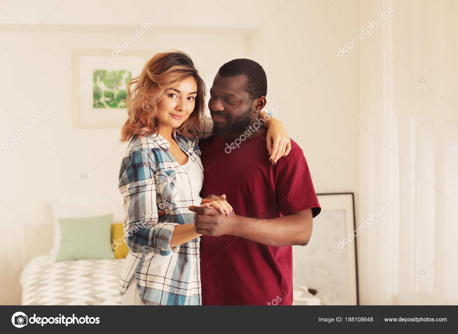 long hair man eating pussy