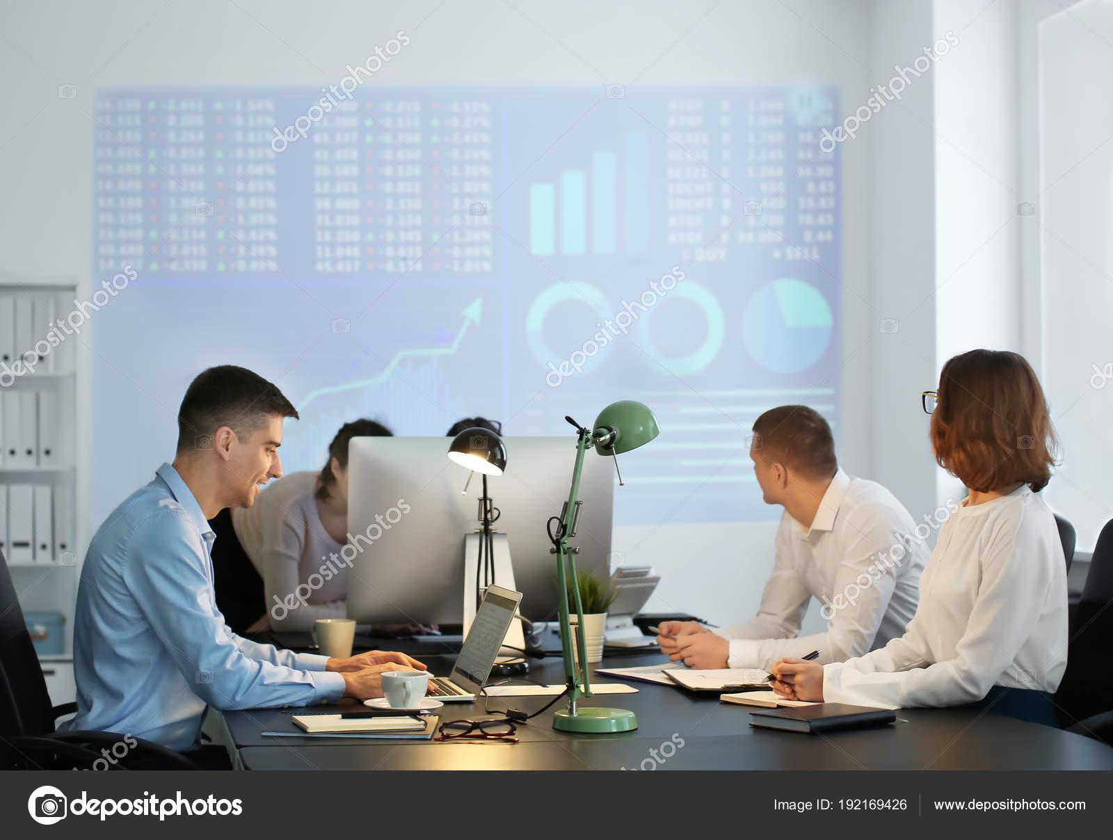 Форекс сотрудники готовые торговые системы форекс