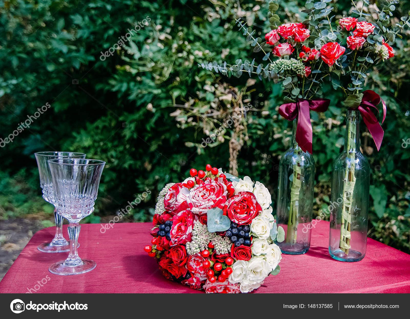 svadebniy-buket-iz-tsvetka-geran-foto