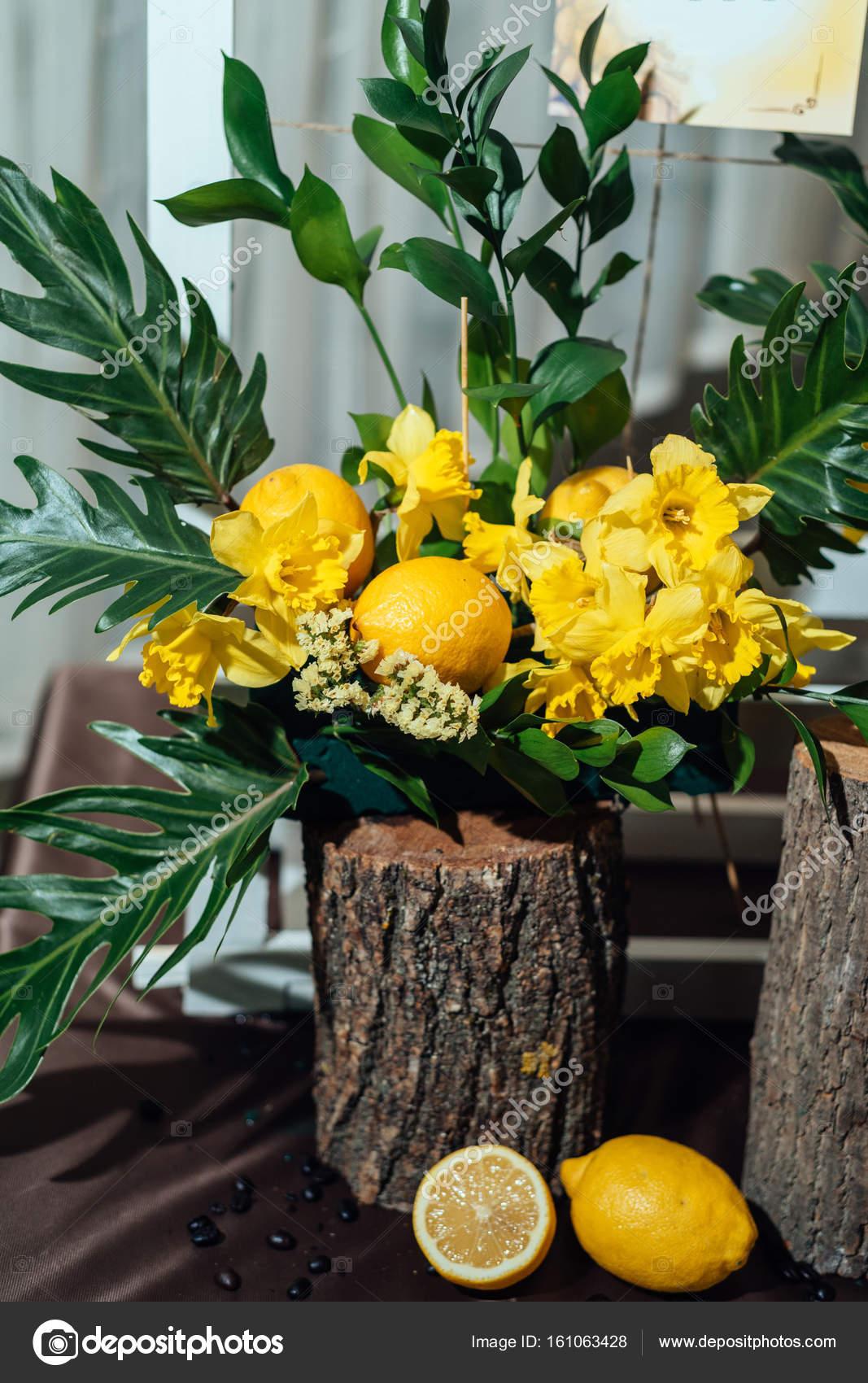 Wedding Flower Arrangements Yellow Daffodils Greenery Lemons Stumps Closeup Stock Photo Image By D Duda 161063428