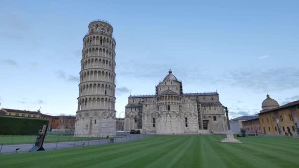 Építészet-Pisa.