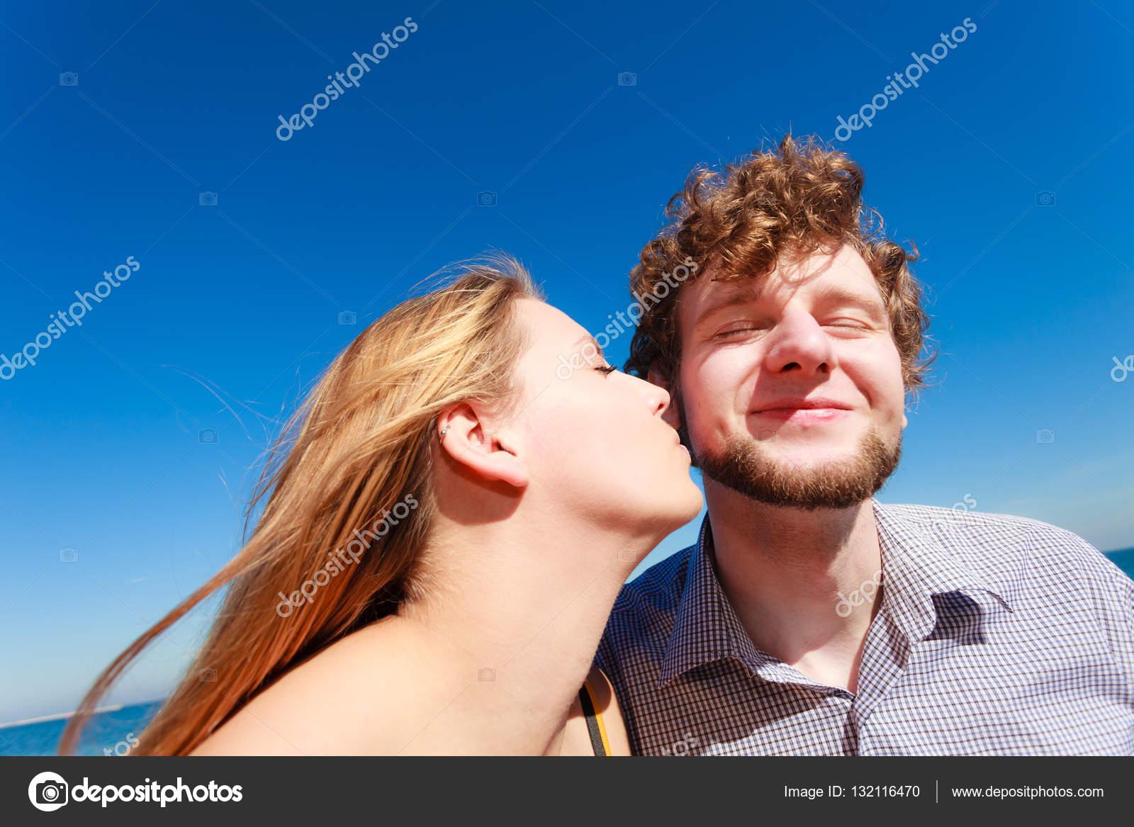 Любовь знакомства поцелуй знакомства ищу спонсора москва